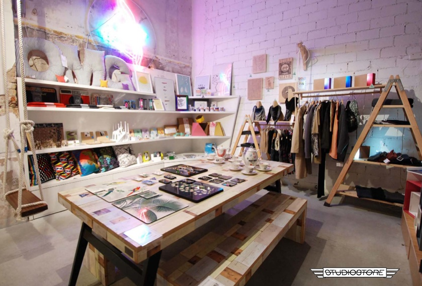 StudioStore